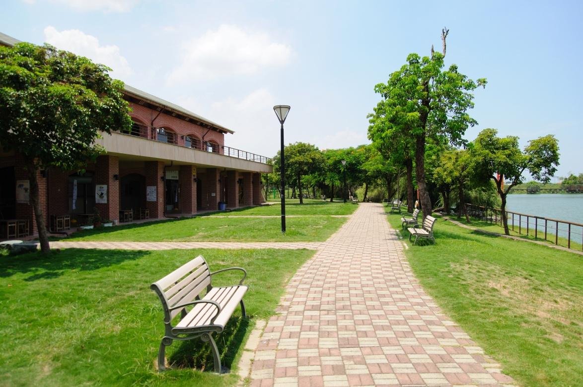 葫蘆埤自然生態休閒公園