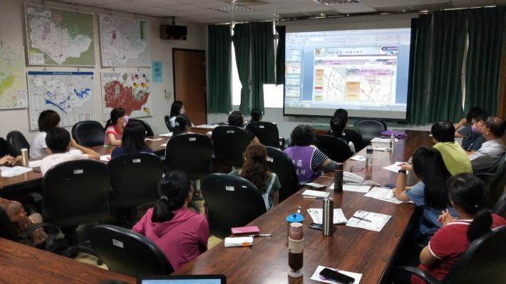 EMIC系統暨值班工作Thuraya衛星電話及Vidyo視訊會議系統操作要領教育訓練