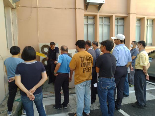 1.發電機組保養人員講解設備資訊