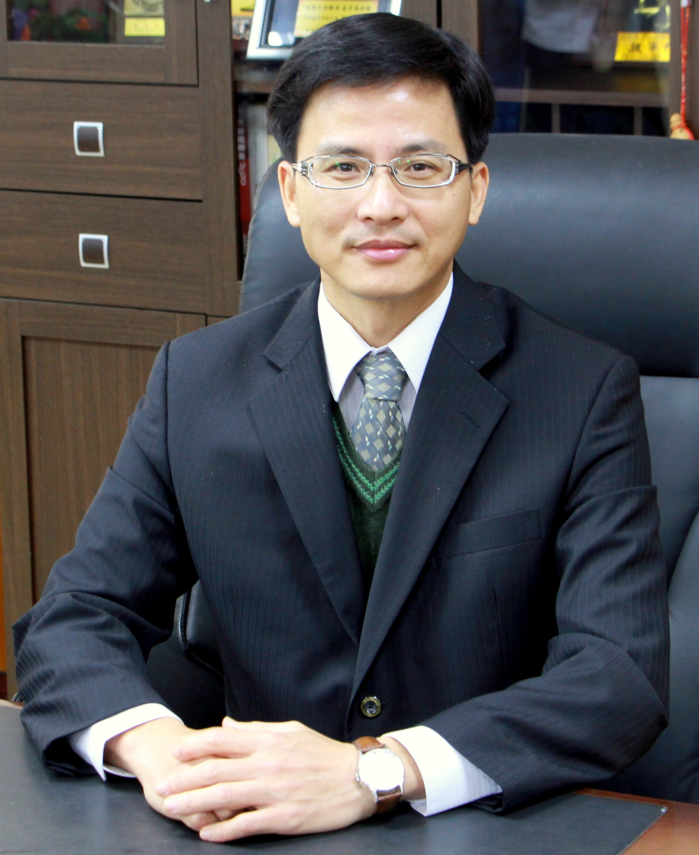 District Executive Neng-tung Yen