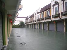 萊茵河汽車旅館