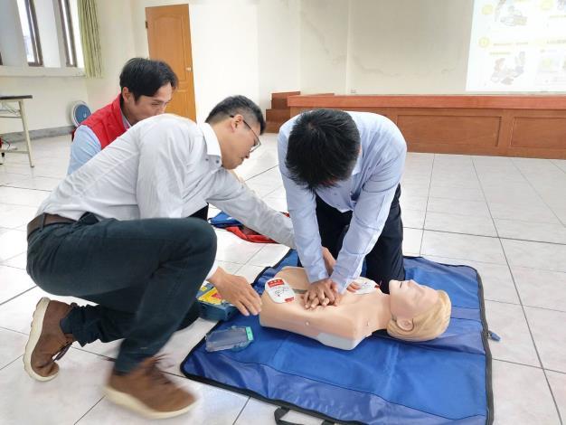 109年AED「安心場所認證」講習與實作演練 (4)