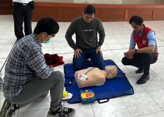 北區區公所109年AED「安心場所認證」講習與實作練習7