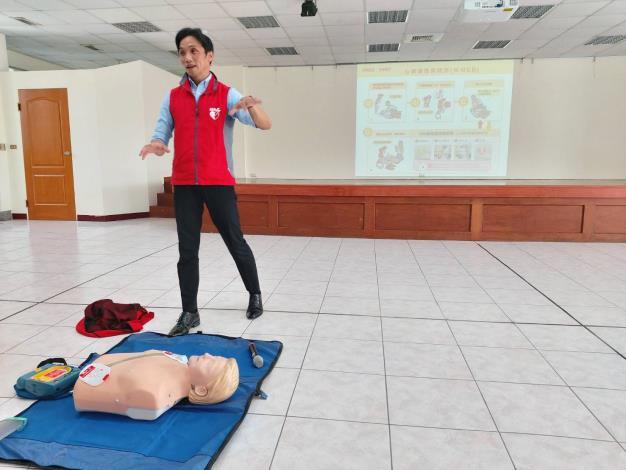 109年AED「安心場所認證」講習與實作演練 (3)