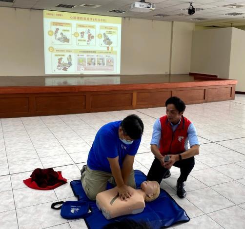 北區區公所109年AED「安心場所認證」講習與實作練習5