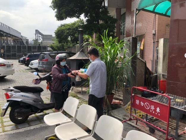 大道社區發展協會及龐道五先生物資捐贈 (5).JPG