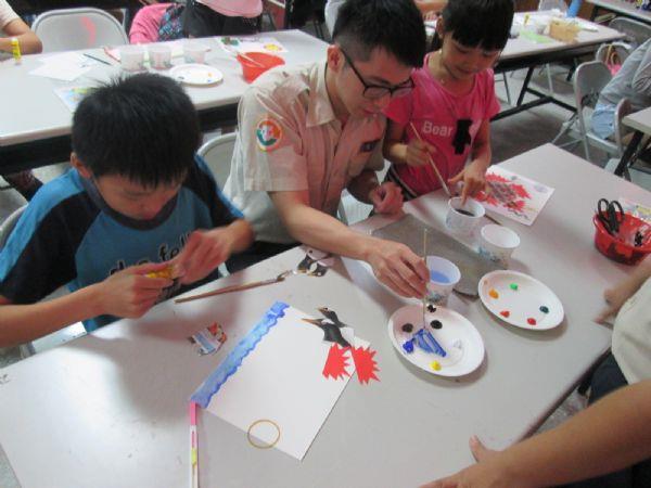 指導學童製作繪圖小書