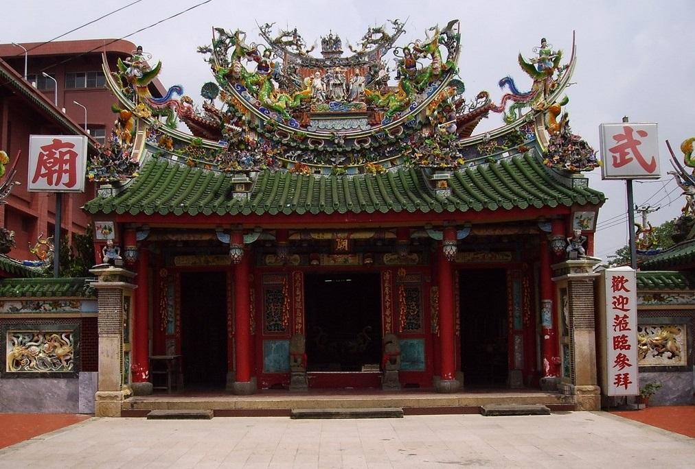 鹽水武廟位於臺灣臺南市鹽水區,主祀關聖帝君,為鹽水的重要廟宇之一。
