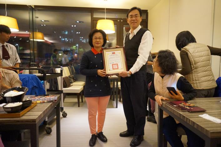頒發全國志願服務銀牌獎