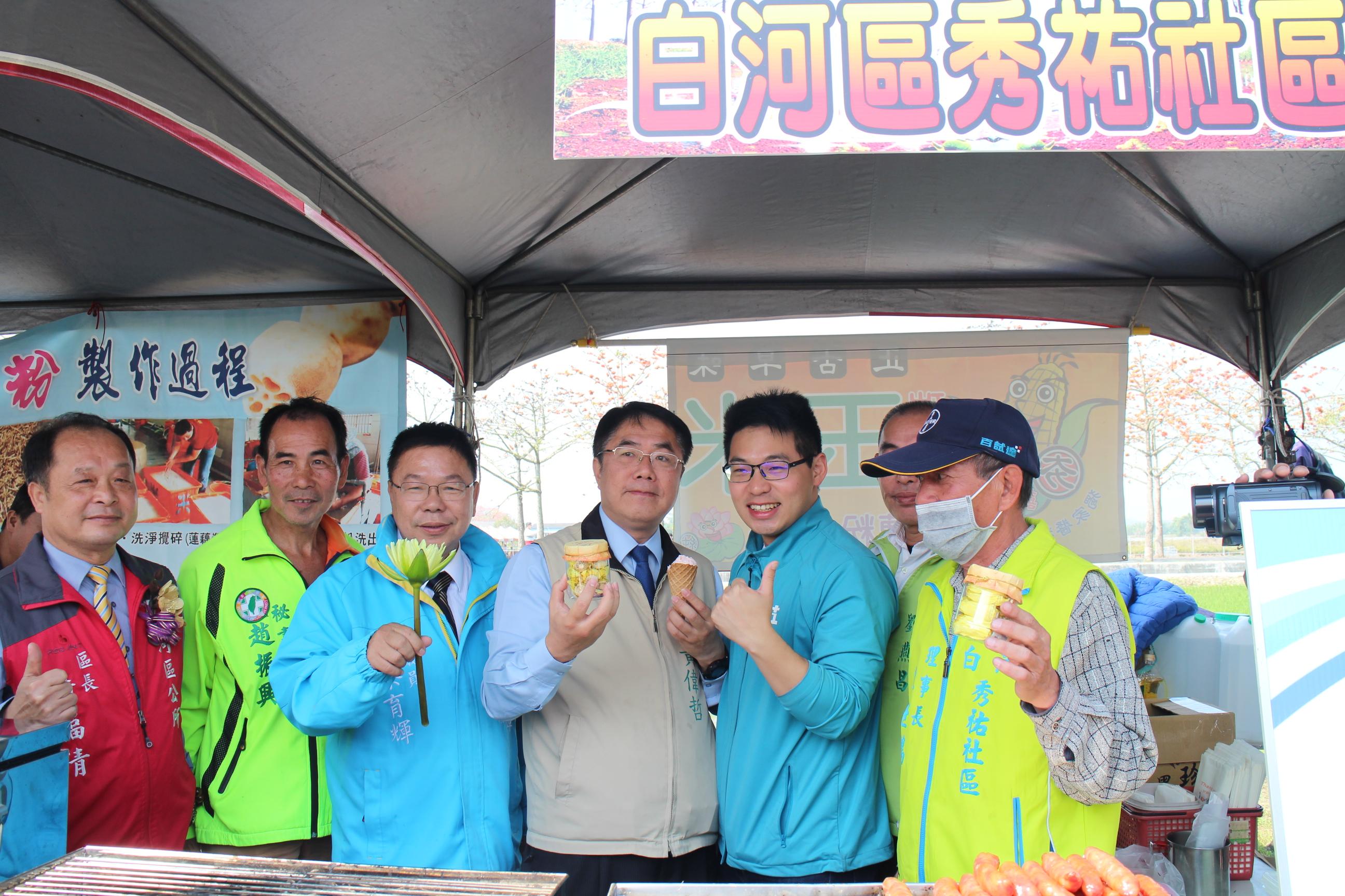 市長參觀農夫市集並推廣台南農產品